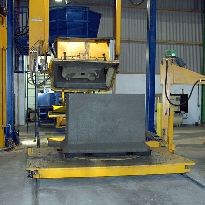 Mastercast SC 150 produces a variety of concrete products