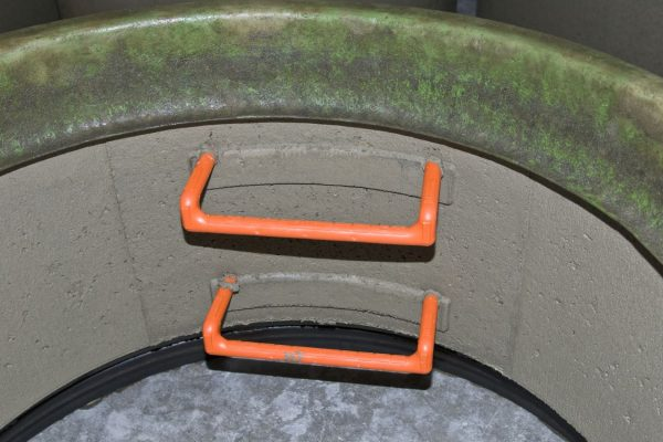Karibic manhole step insertion