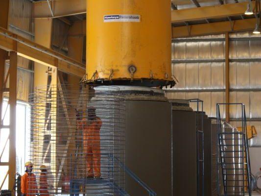 demolding of hawkeyepedershaab oval concrete pipe mold