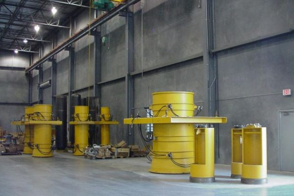 Various size HawkeyePedershaab concrete pipe moulds