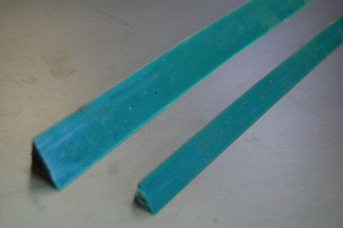 Plastic magnetic chamfer